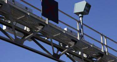 Un-radar-de-velocidad-ubicado-_54369582063_53389389549_600_396