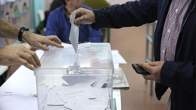 mujer-votando-644x362