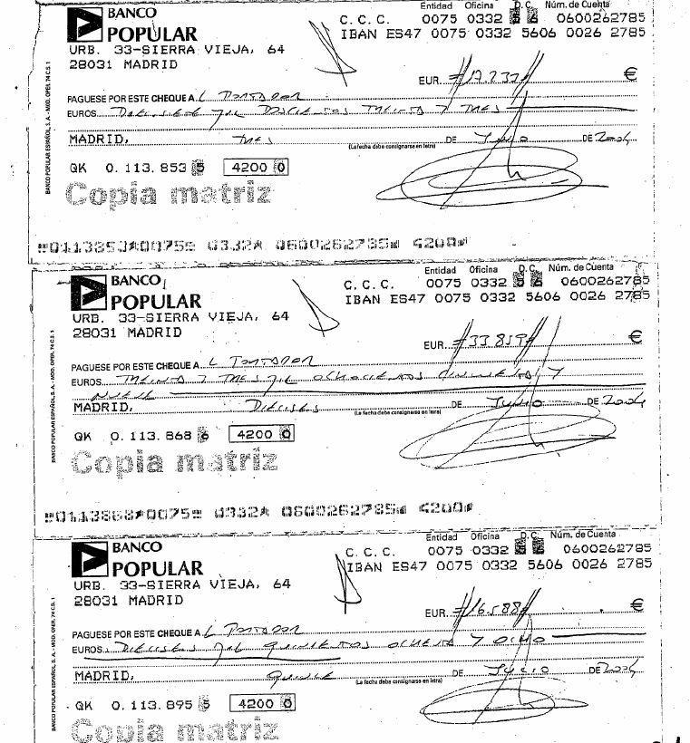 Cheques-al-portador-con-los-que-la-empresa-pagaría-a-cambio-de-asegurarse-el-mailing-de-la-campaña-de-2004-del-PP-con-Mariano-Rajoy-de-cabeza-de-lista